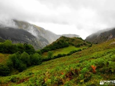 Corazón de Picos de Europa;sierras subbeticas sendero rio borosa sinonimo de montaña valles de los